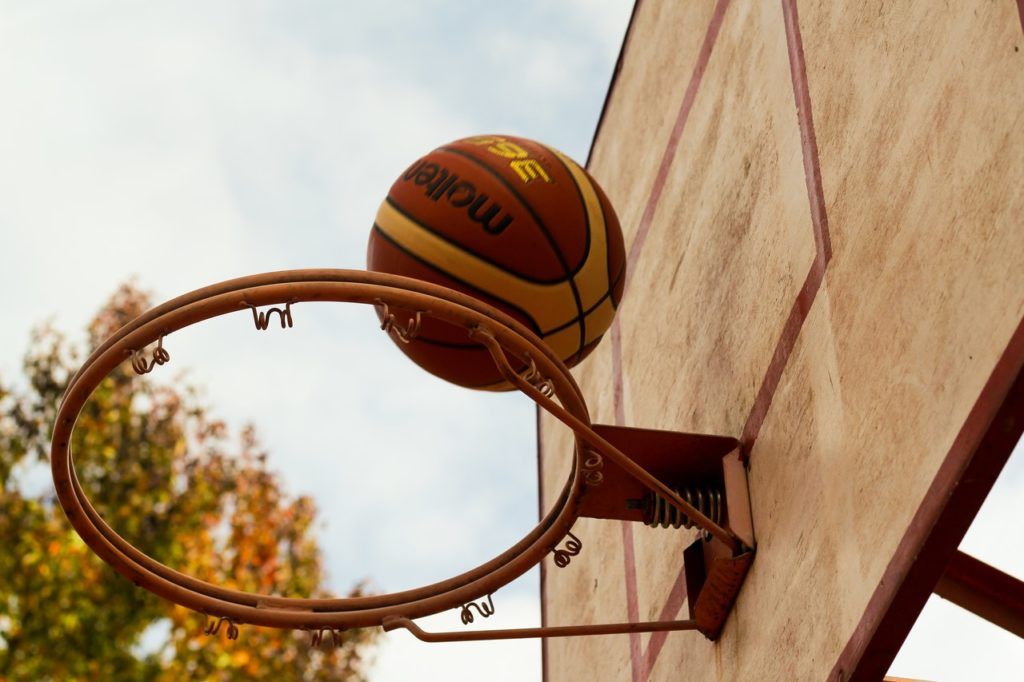 how to make a portable basketball hoop